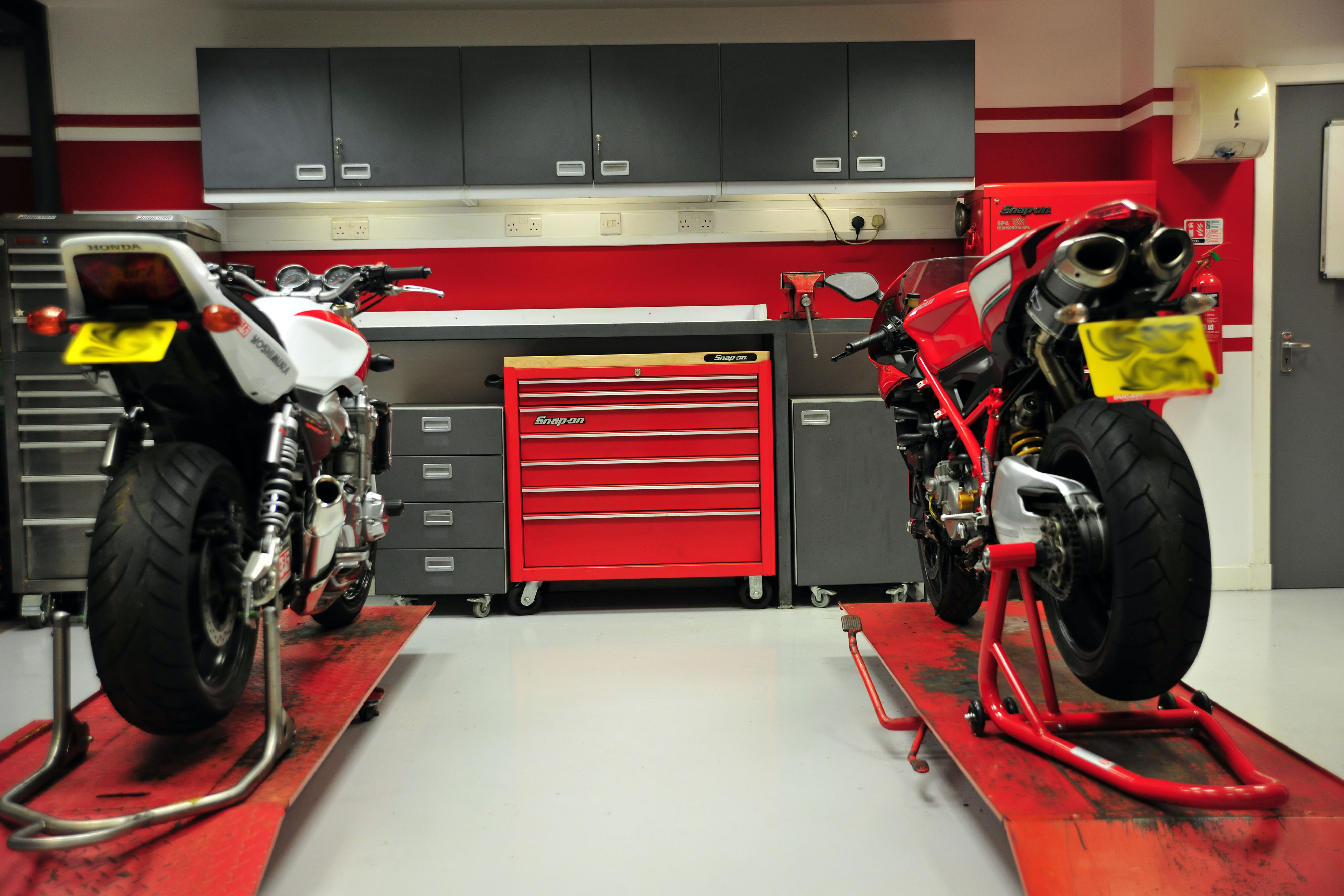 Garage Design Motorcycle : Links page