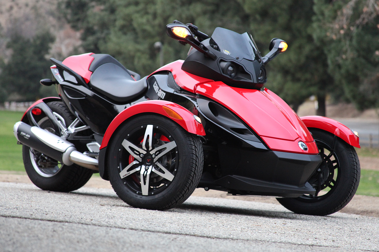 Can Am Spyder Rental Hire From 2 Wheel Travel